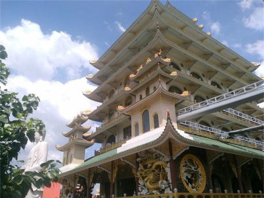 , Top 10 ngôi Chùa đẹp ở Quảng Ninh nên ghé thăm