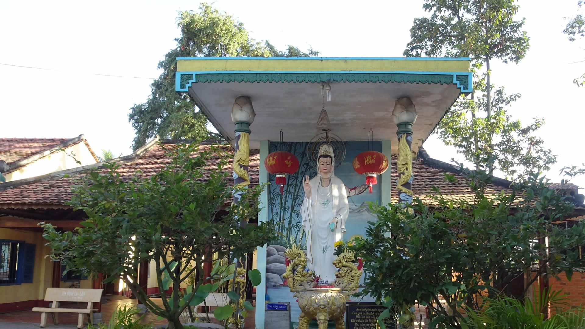 , Top 10 chùa đẹp ở Tây Ninh cực nổi tiếng