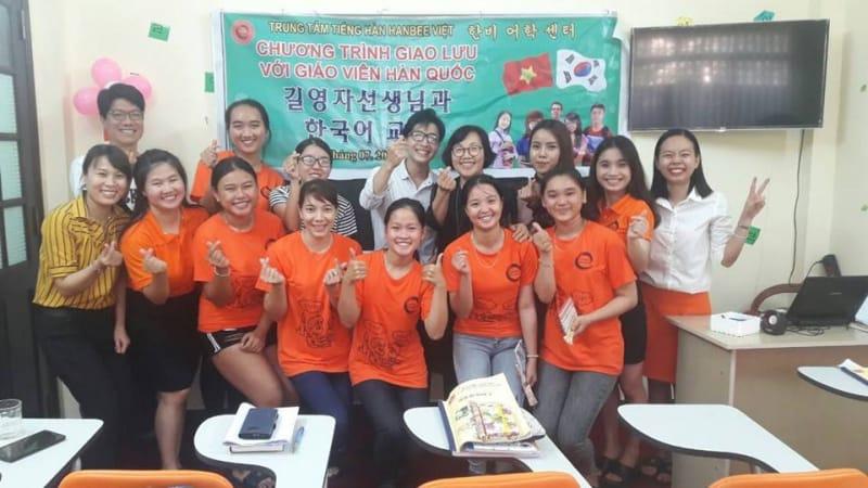 Buổi học tại Trung Tâm Tiếng Hàn Hanbe
