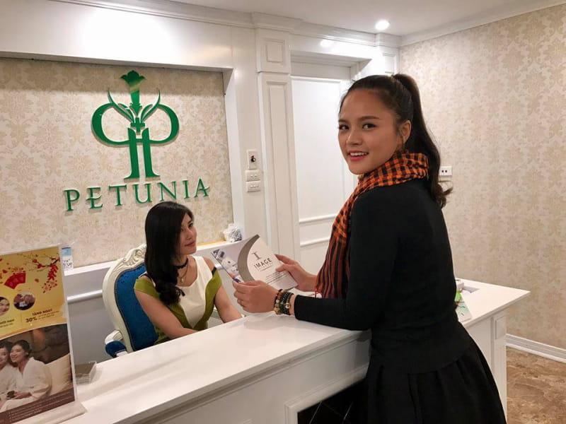 Diễn viên Thu Quỳnh lựa chọn Viện thẩm mỹ Quốc tế Petunia