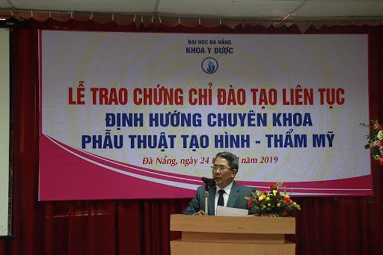 Trung tâm phẫu thuật thẩm mỹ - Đại học Đà Nẵng được trang bị các thiết bị Y học hiện đại